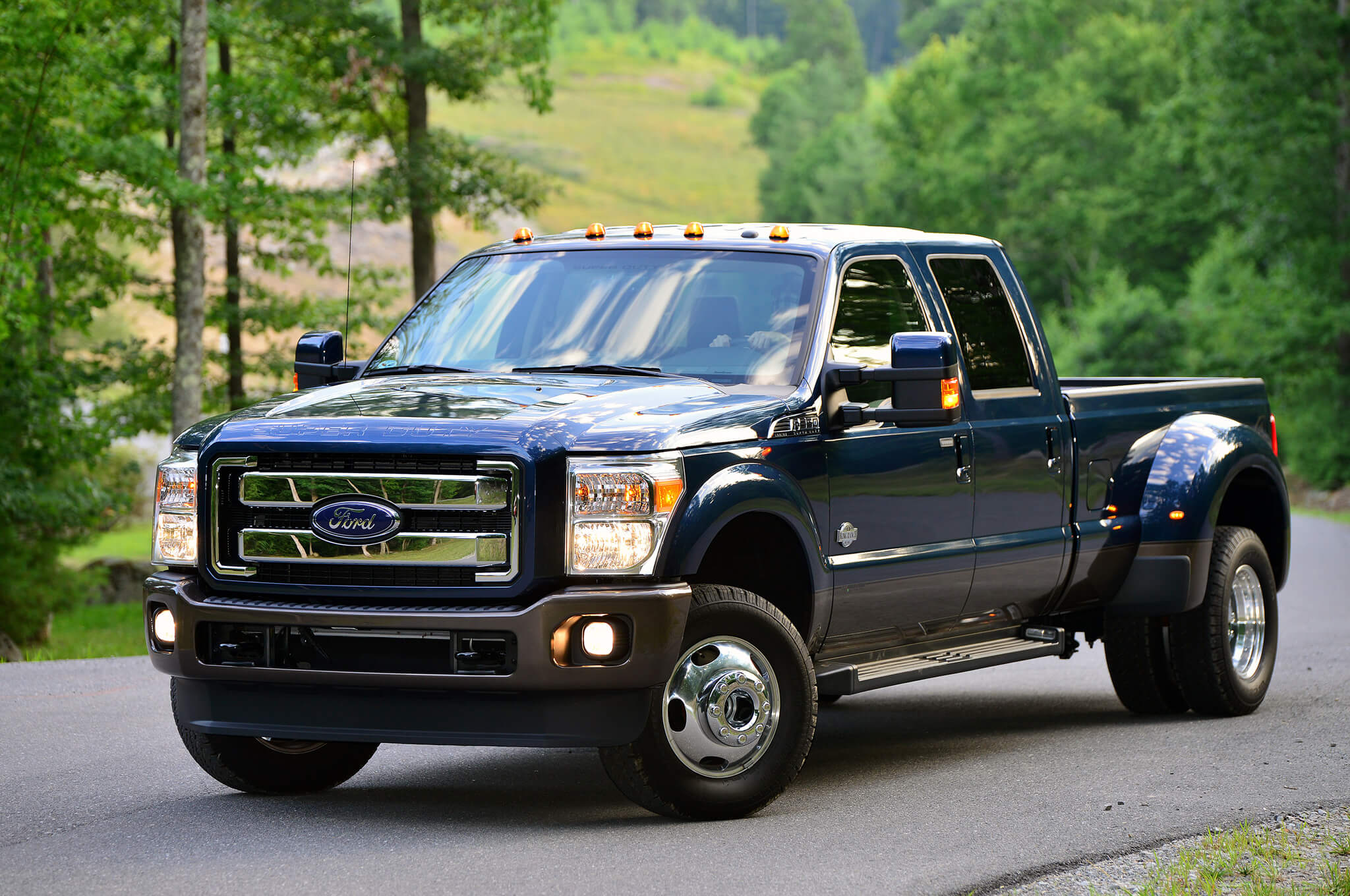 Ford-F-350-Super-Duty